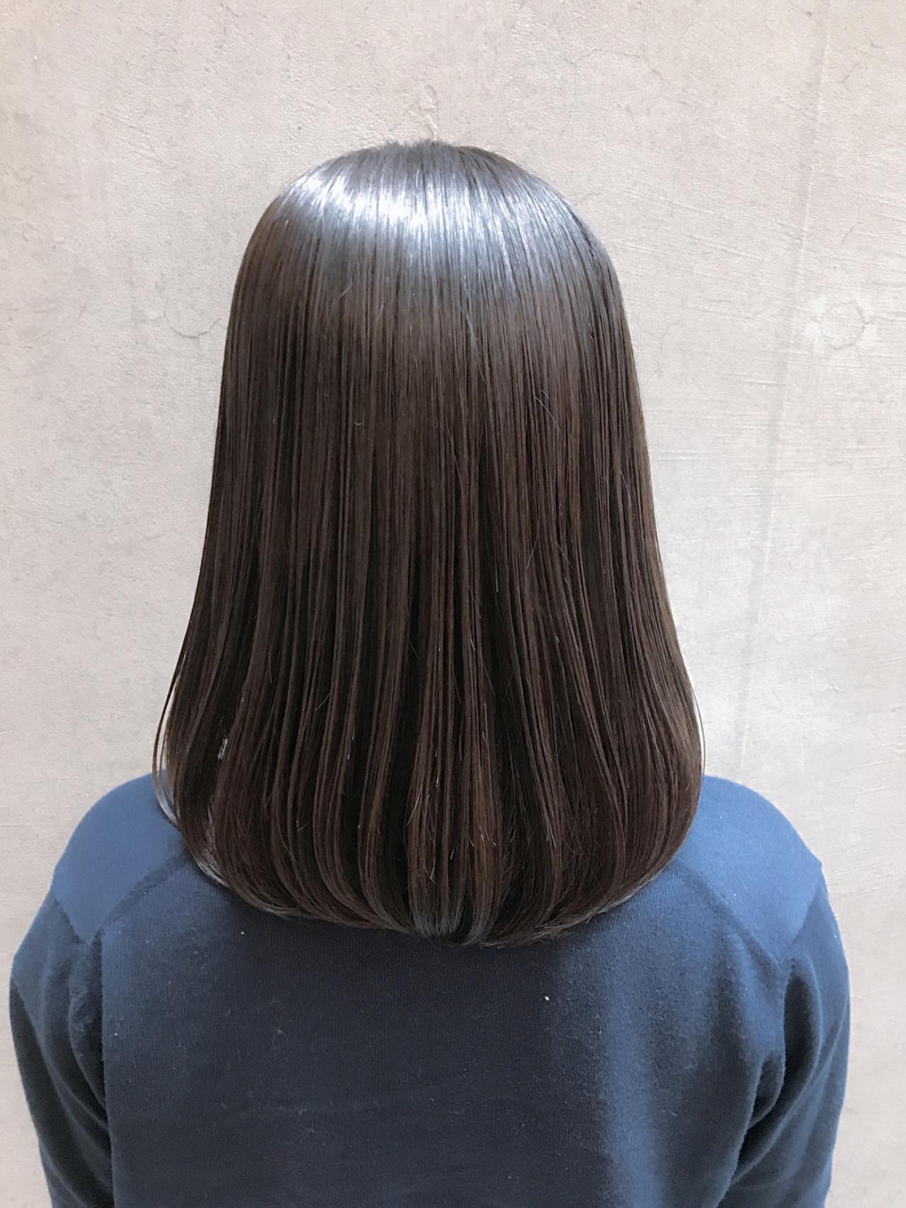 ミディアム 結婚式 ナチュラル 縮毛矯正 ヘアスタイルや髪型の写真・画像