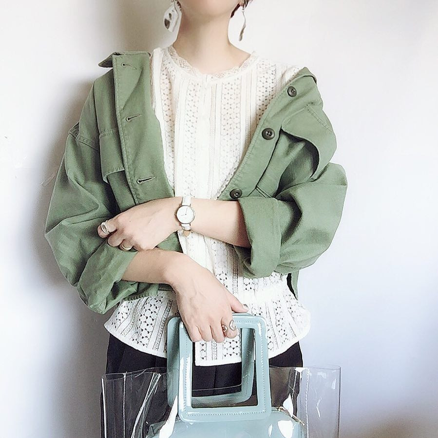 ミリタリージャケットはゆるっと着こなすのが◎ 出典:misato36