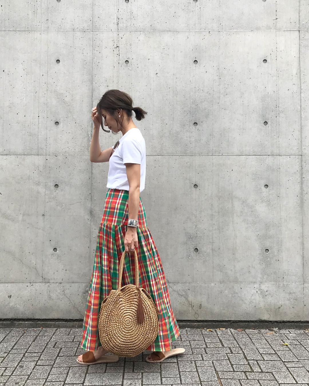 チェック柄スカートで大人可愛いカジュアルコーデ yu.rm