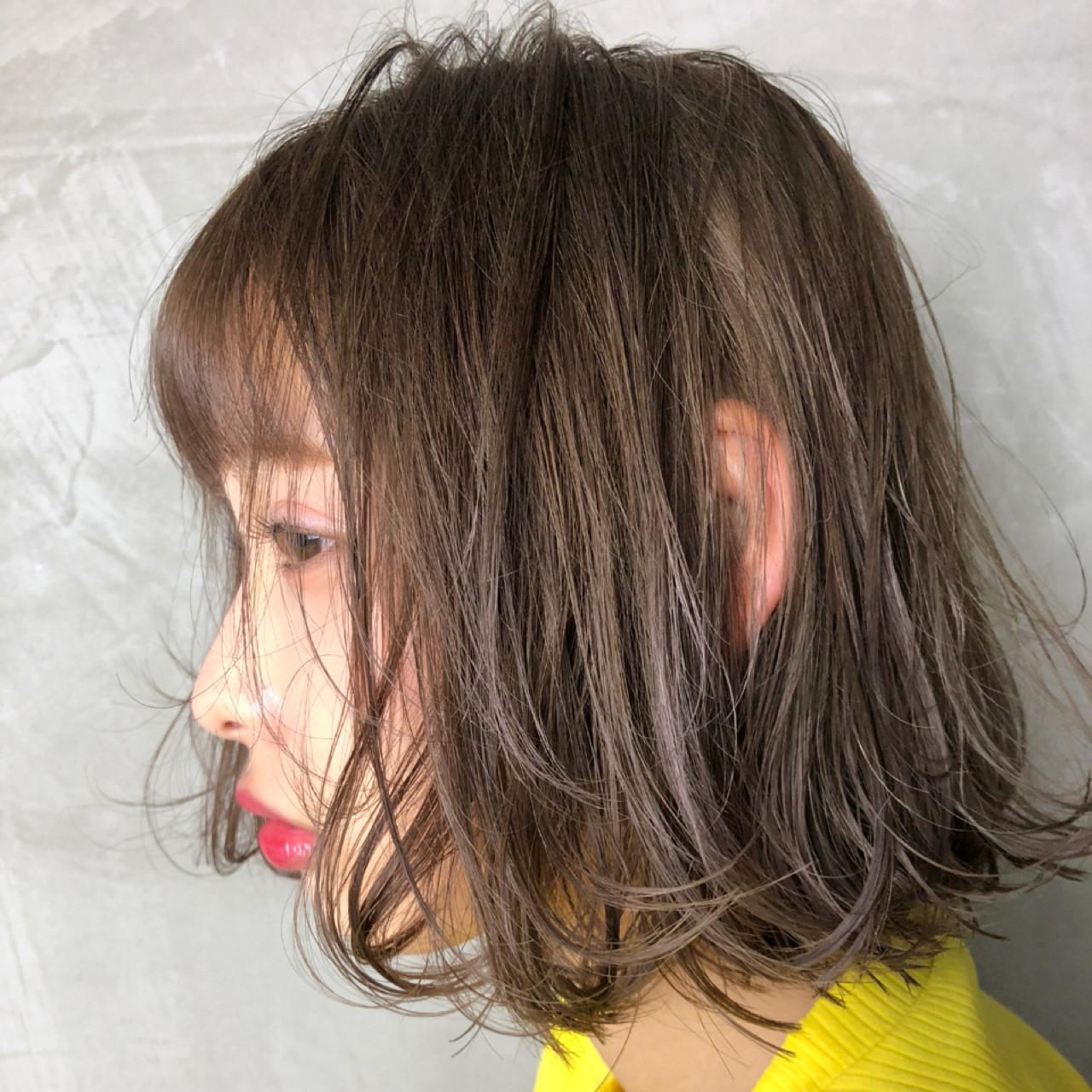 ニュアンス 切りっぱなし ボブ ハイライト ヘアスタイルや髪型の写真・画像