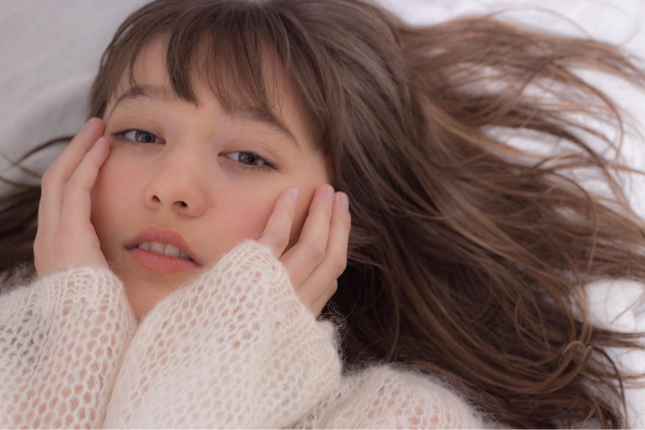 アンニュイ ヘアアレンジ ロング フェミニン ヘアスタイルや髪型の写真・画像