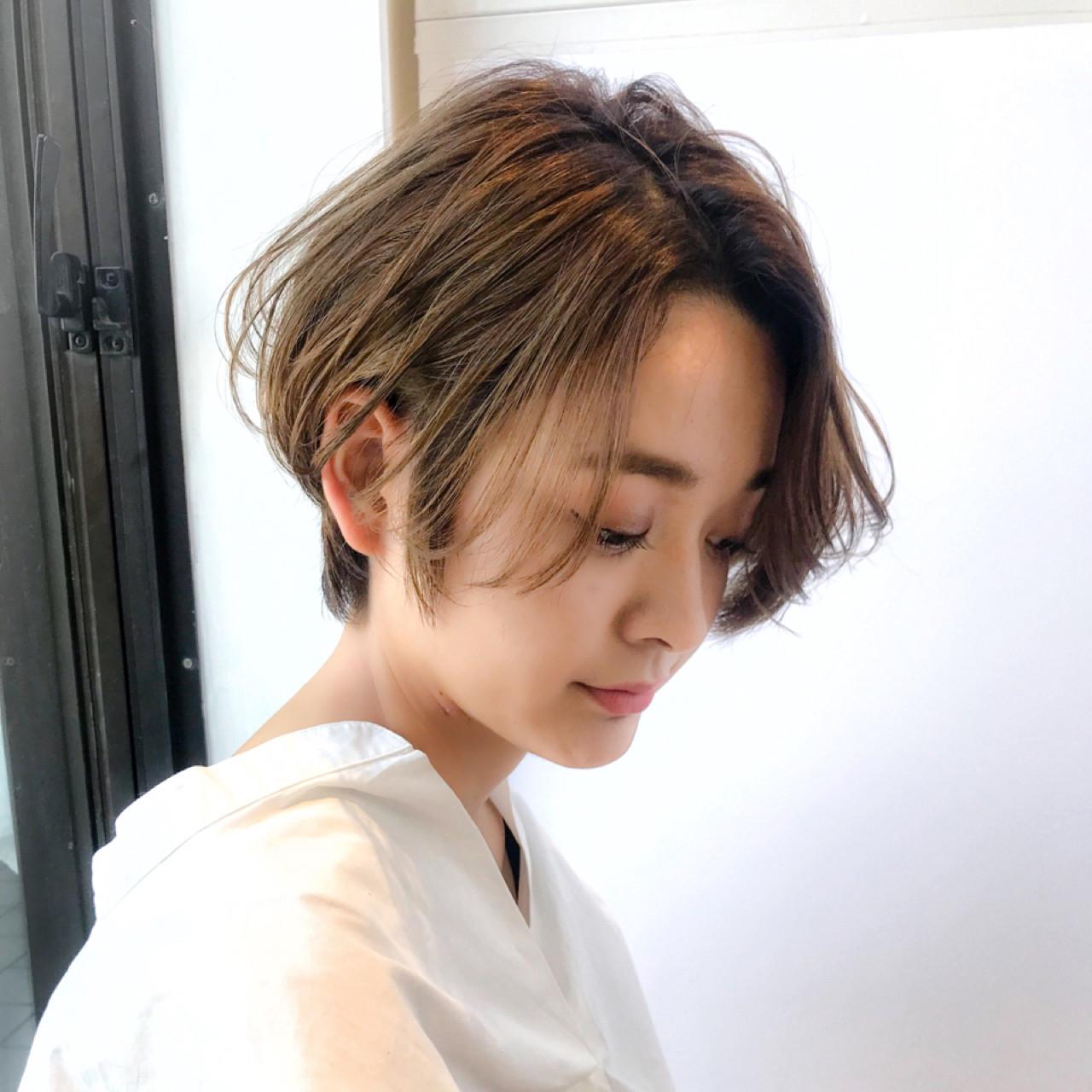 ショート 小顔 ゆるふわ 簡単 ヘアスタイルや髪型の写真・画像