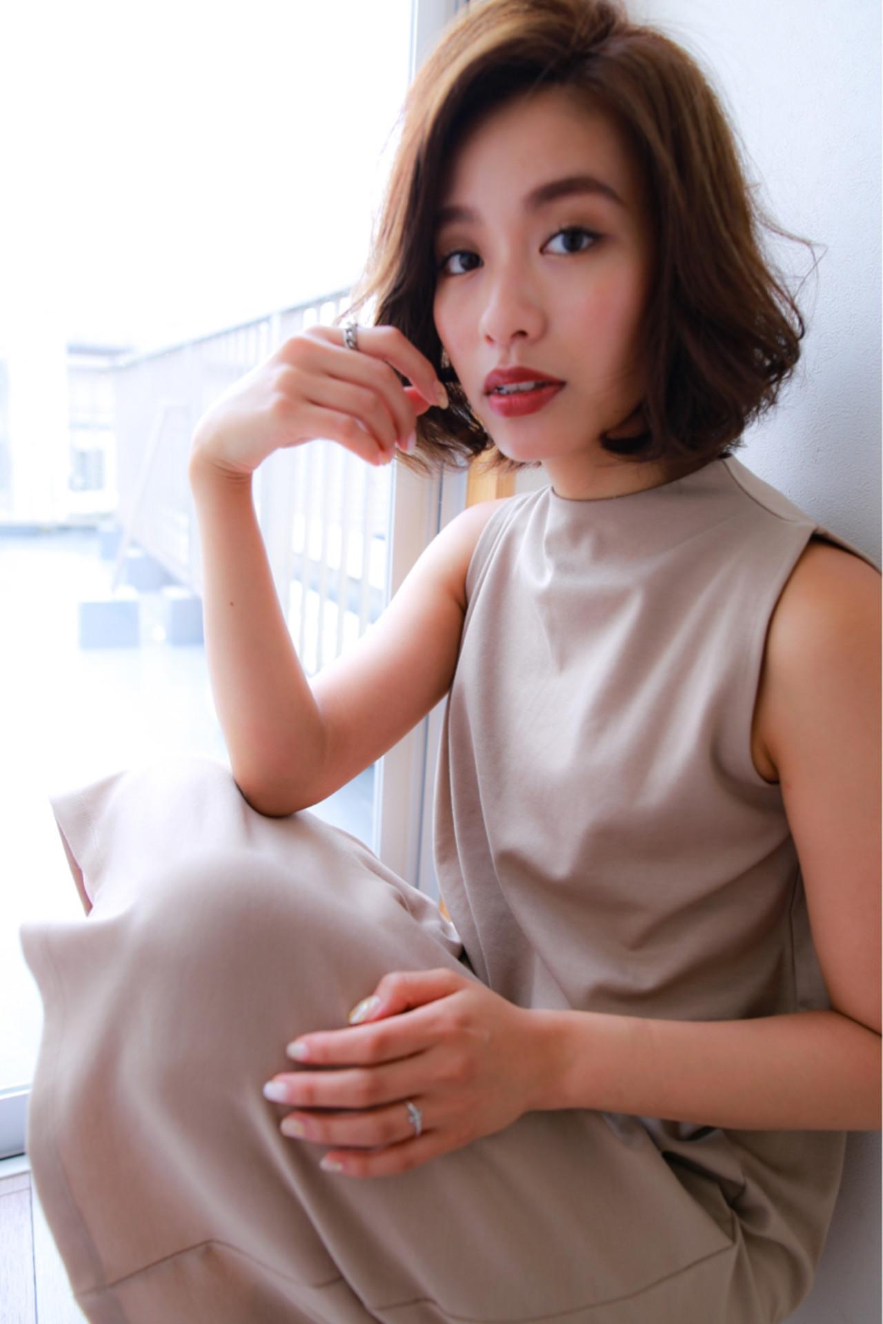 パーマ ヘアアレンジ ウェーブ アンニュイ ヘアスタイルや髪型の写真・画像