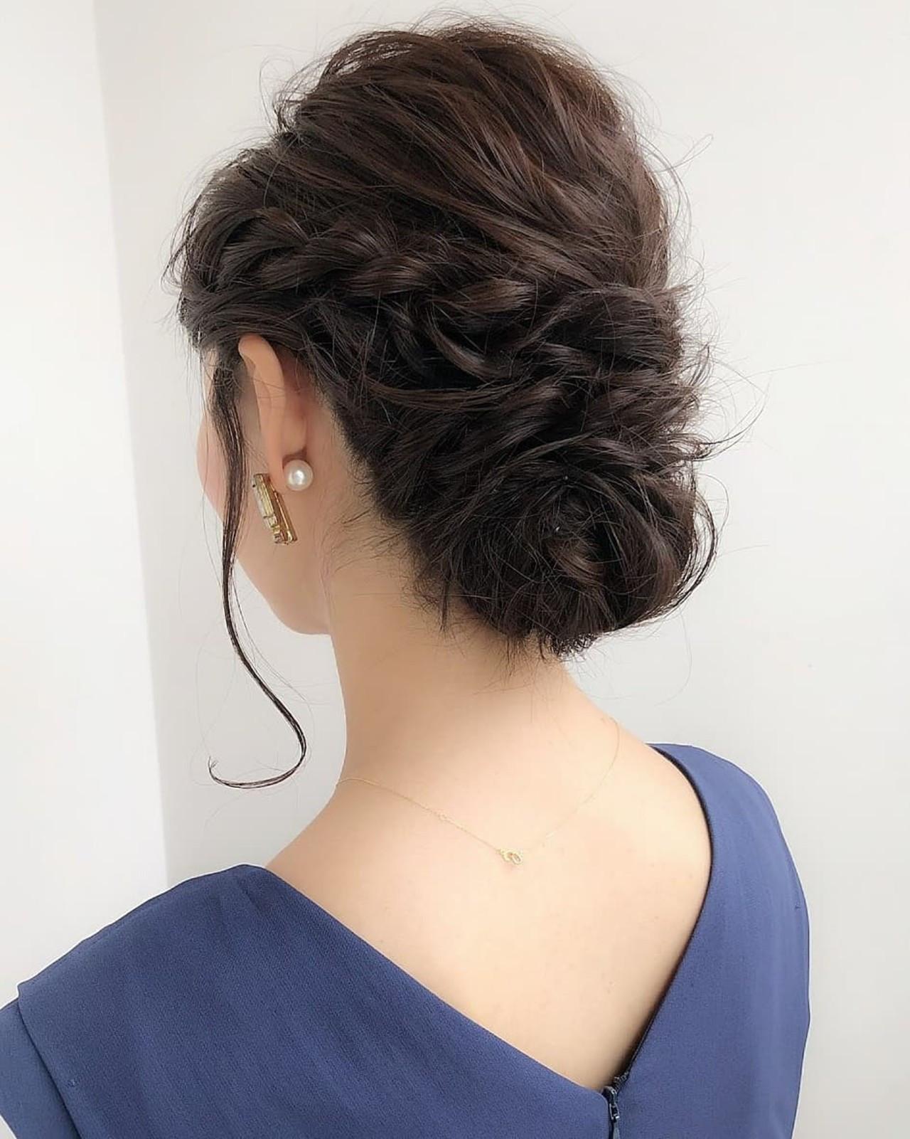 フェミニン 結婚式 ミディアム 編み込み ヘアスタイルや髪型の写真・画像