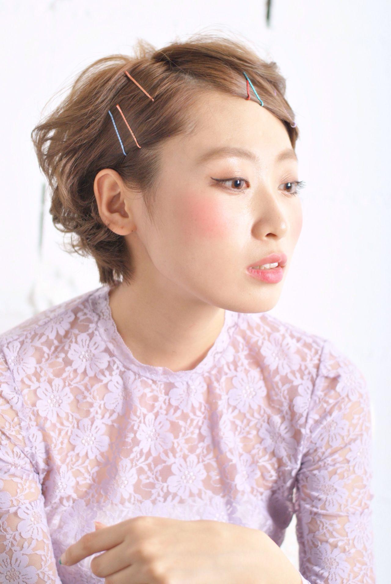 ヘアピン ヘアアレンジ 丸顔 卵型 ヘアスタイルや髪型の写真・画像