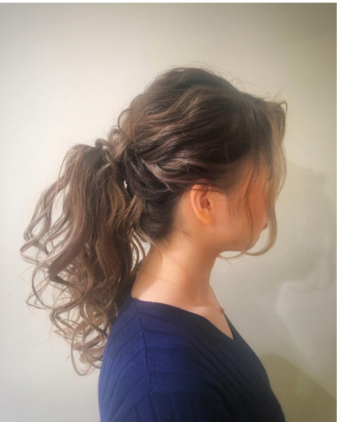 フェミニン ミルクティー デート ロング ヘアスタイルや髪型の写真・画像