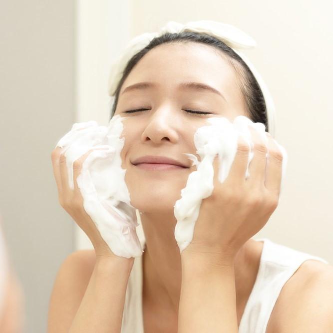 洗顔&クレンジングは「洗い方」「選び方」で肌が変わる