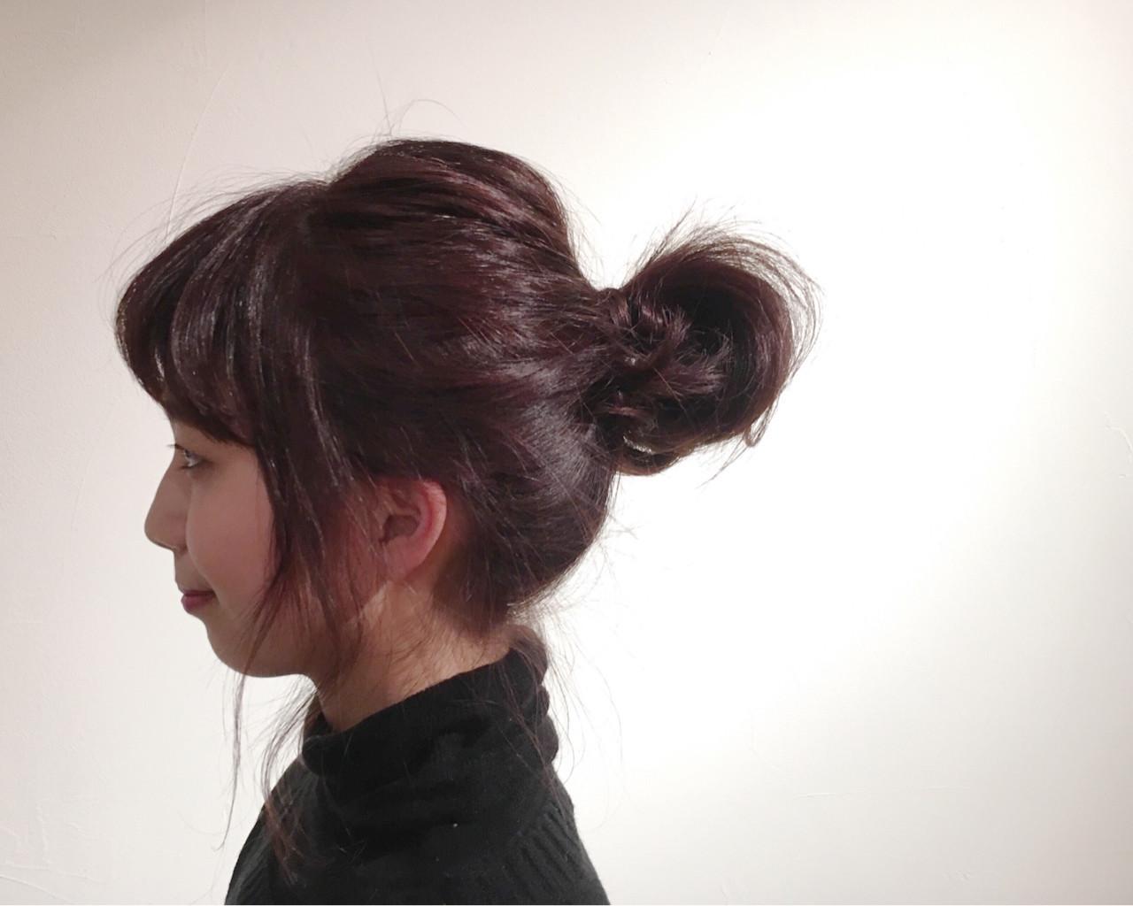 ナチュラル ピンク 簡単ヘアアレンジ お団子 ヘアスタイルや髪型の写真・画像