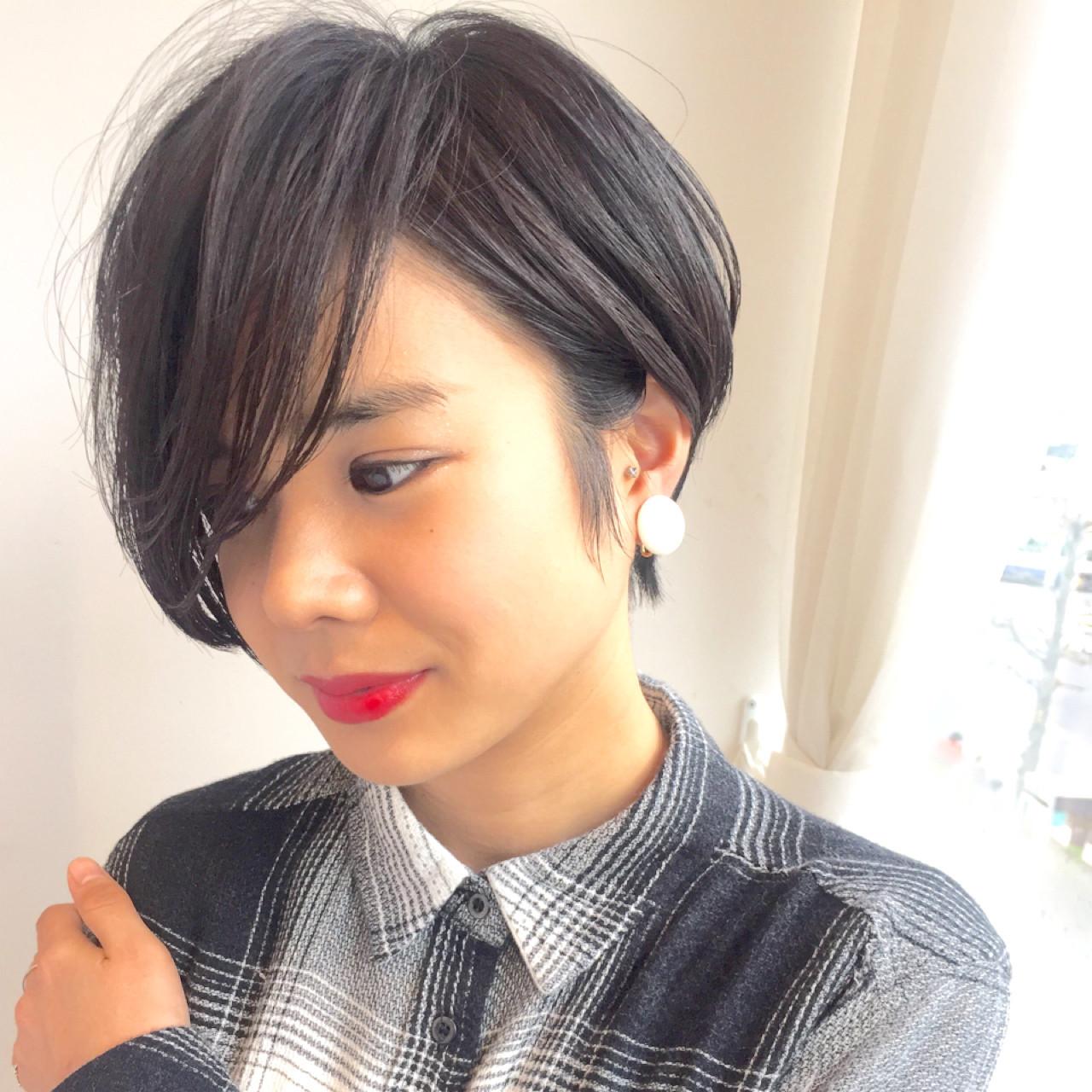 ボーイッシュ 暗髪 うざバング 黒髪 ヘアスタイルや髪型の写真・画像