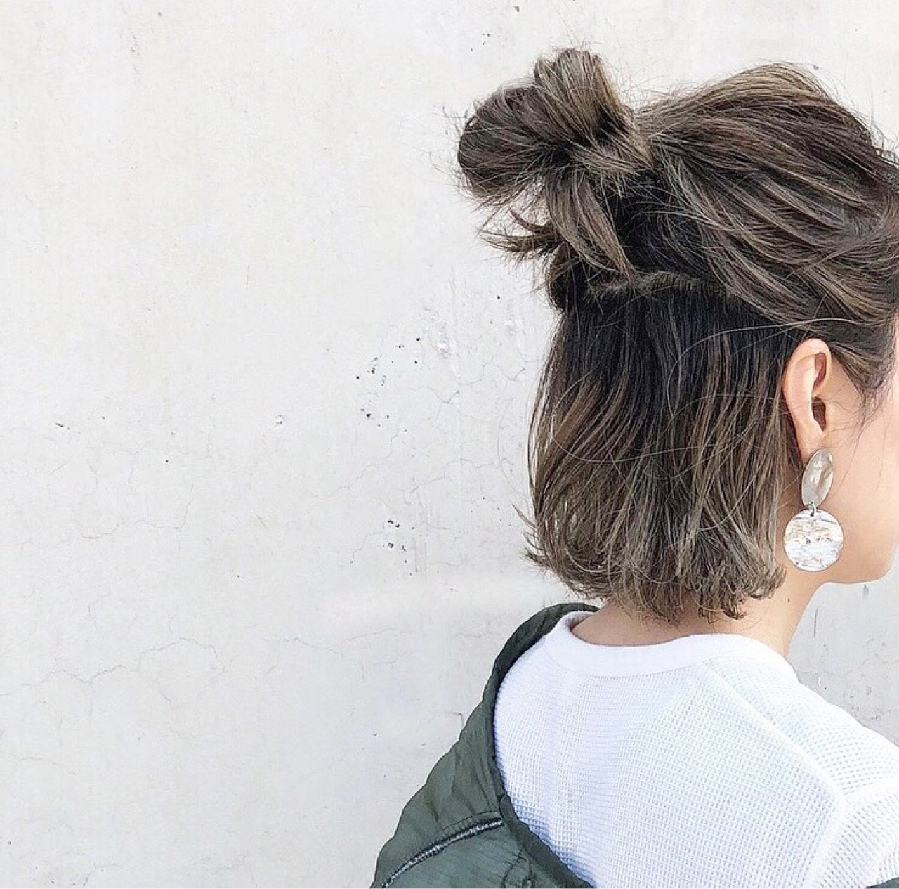 グレージュ 外国人風 ボブ ハイライト ヘアスタイルや髪型の写真・画像
