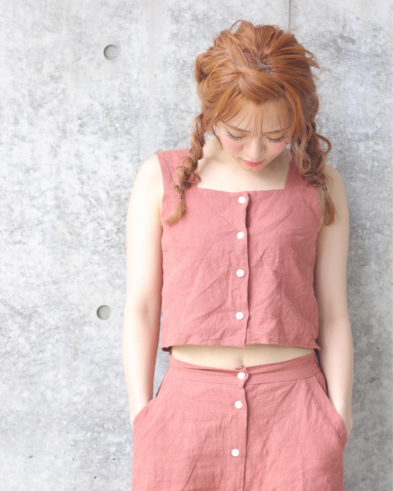 三つ編み おフェロ 簡単ヘアアレンジ ヘアアレンジ ヘアスタイルや髪型の写真・画像