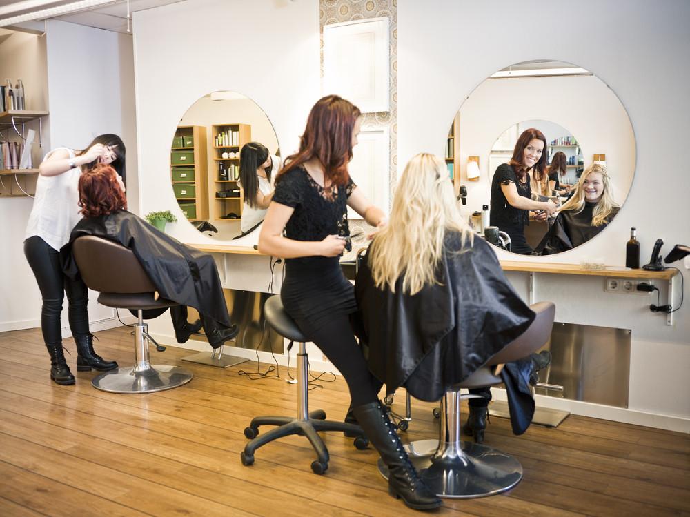 美容室で髪の毛チェックを怠らないように!