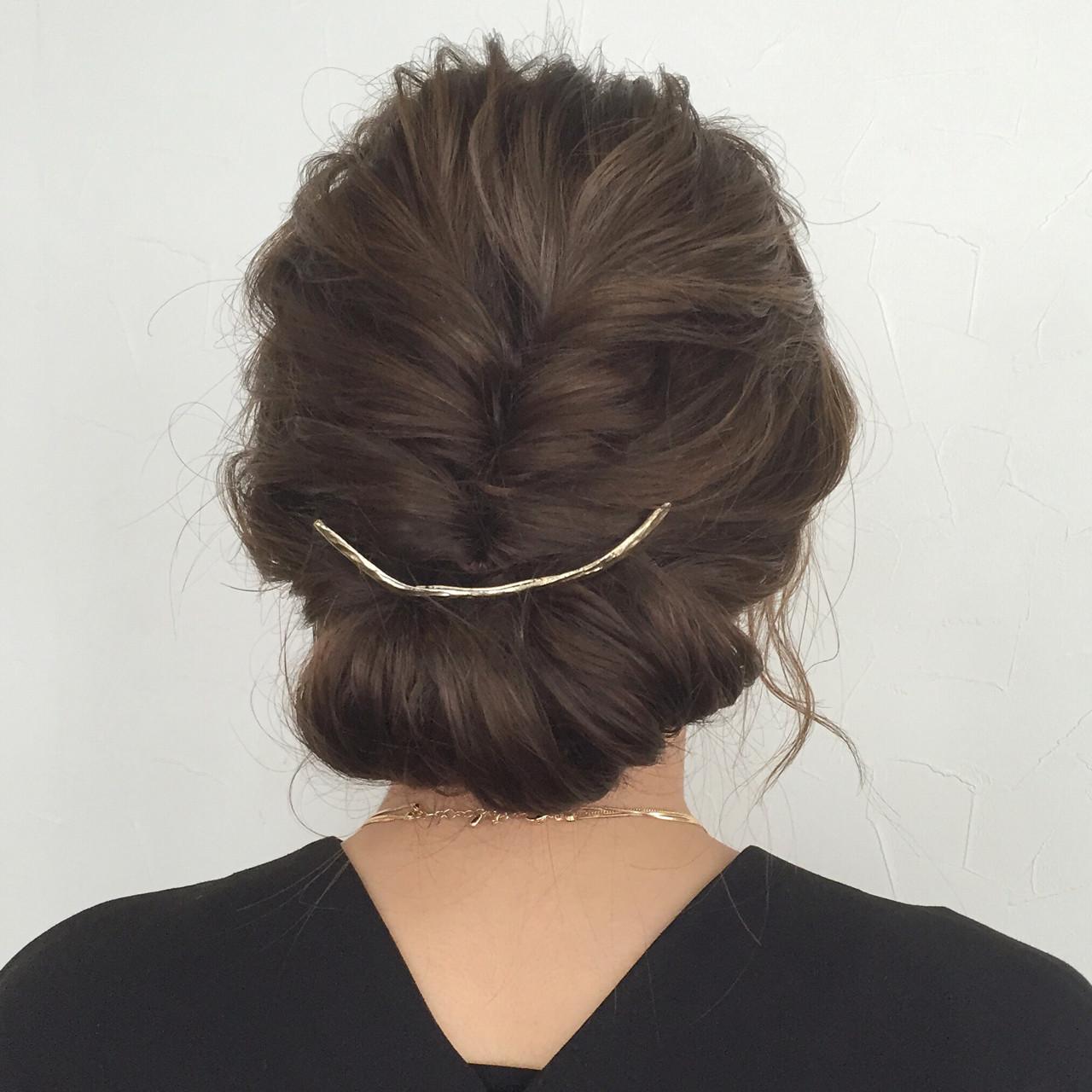 大人かわいい 結婚式 セミロング ギブソンタック ヘアスタイルや髪型の写真・画像