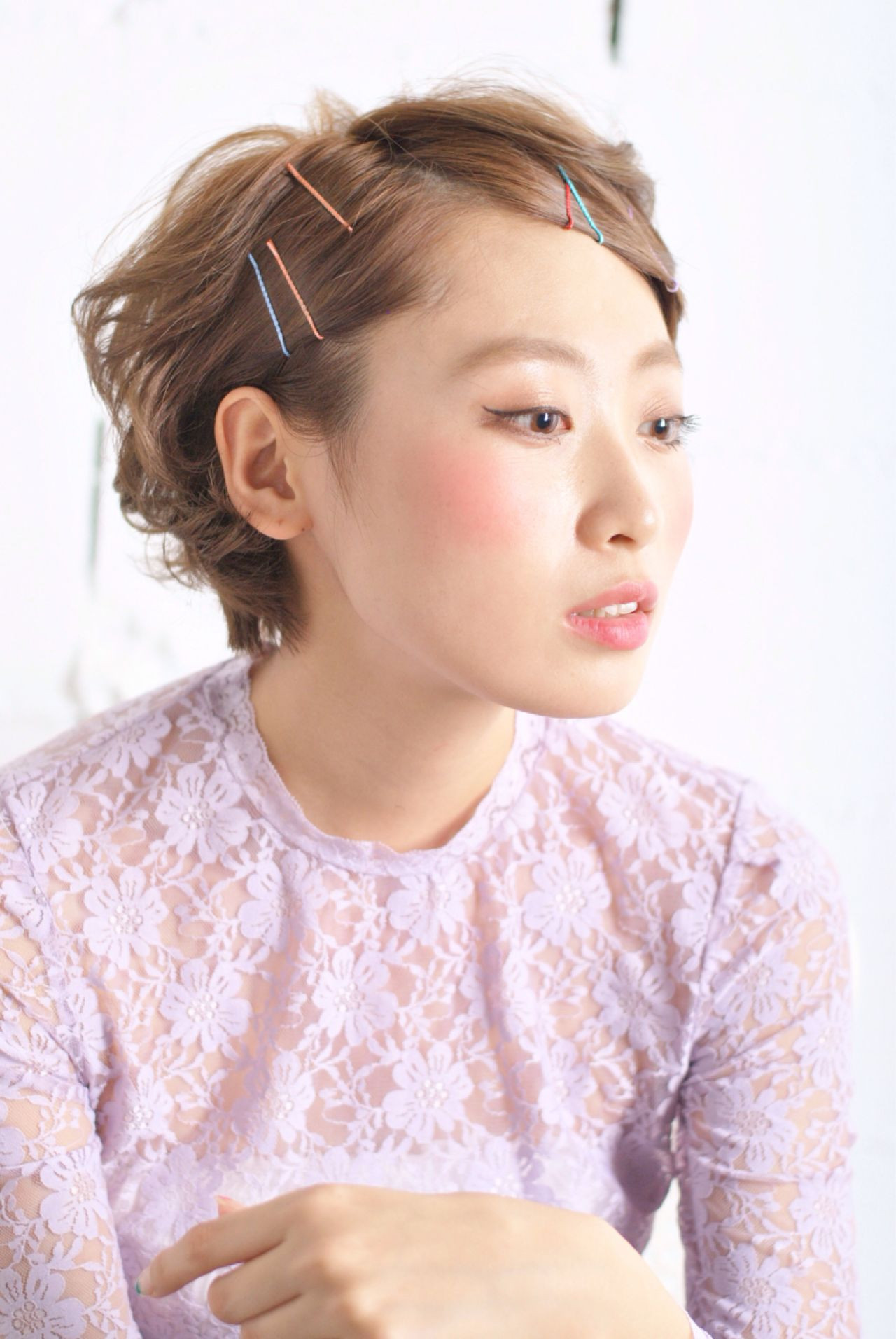 カラーピン使いで伸ばしかけ前髪もすっきり☆ 岩井祐美子 ALICE