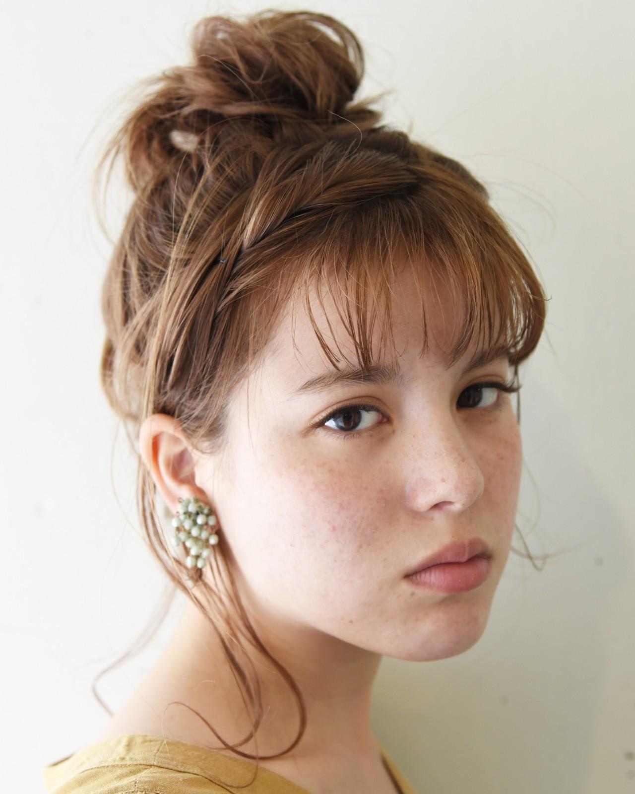 セミロング ヘアアレンジ 涼しげ 大人かわいい ヘアスタイルや髪型の写真・画像