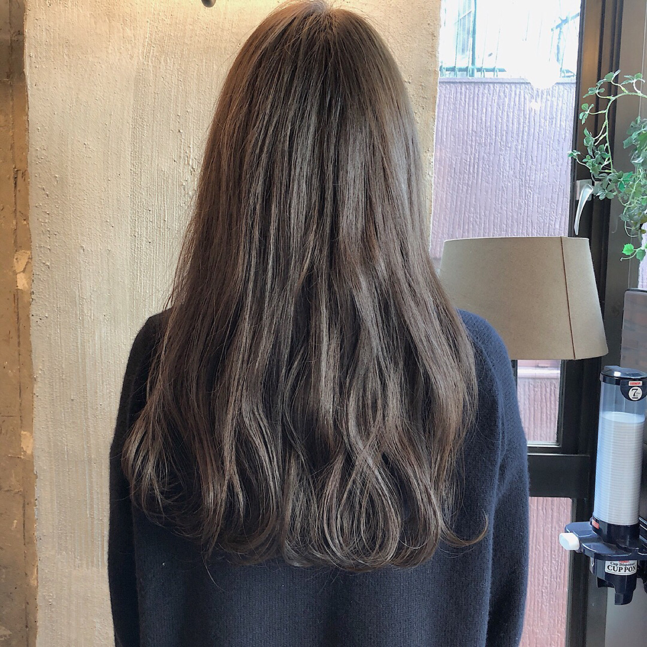 フェミニン エフォートレス ロング ナチュラル ヘアスタイルや髪型の写真・画像