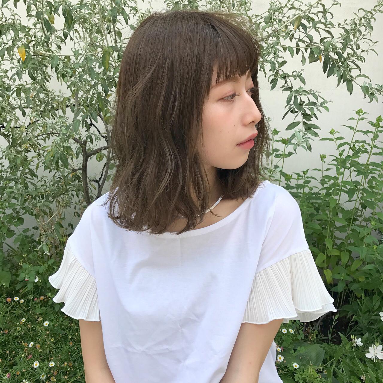ミディアム ロブ ゆるふわ 透明感 ヘアスタイルや髪型の写真・画像
