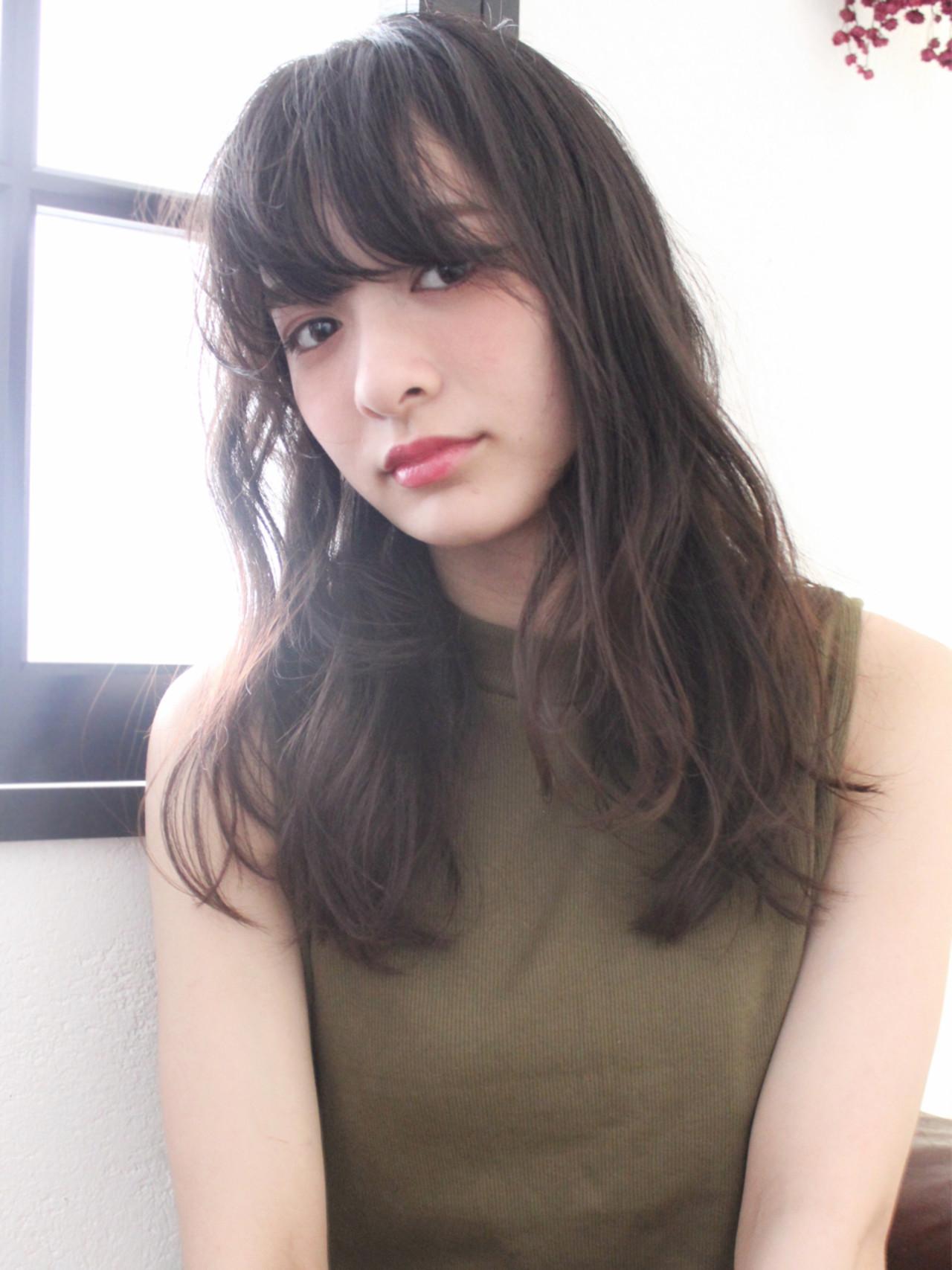 大人かわいい ブラウン ナチュラル 暗髪 ヘアスタイルや髪型の写真・画像