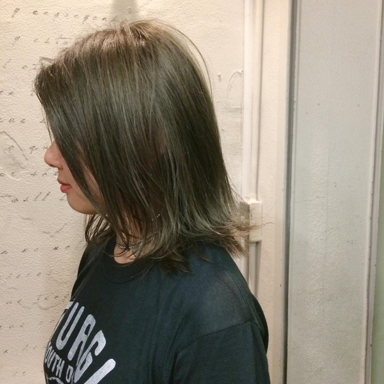 グレージュ ストリート ハイライト 外国人風 ヘアスタイルや髪型の写真・画像
