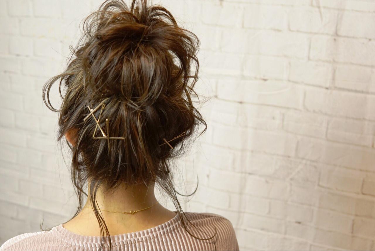 お団子 ヘアアクセ ヘアアレンジ セミロング ヘアスタイルや髪型の写真・画像