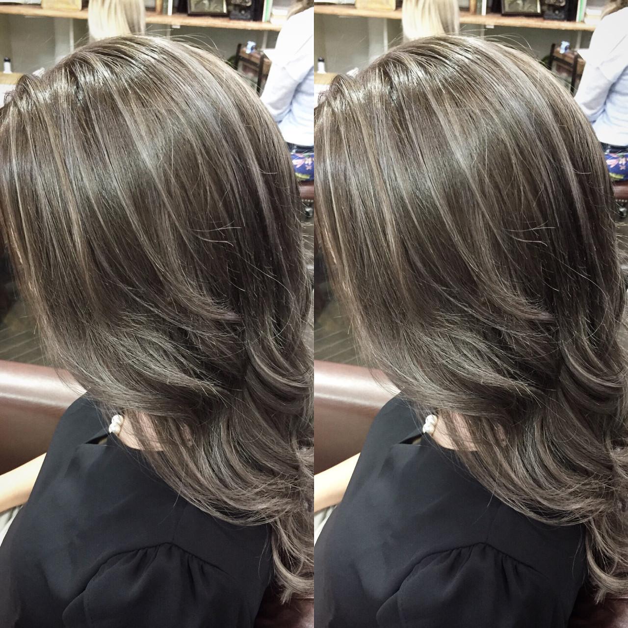 セミロング 外国人風 ハイライト 外国人風カラー ヘアスタイルや髪型の写真・画像