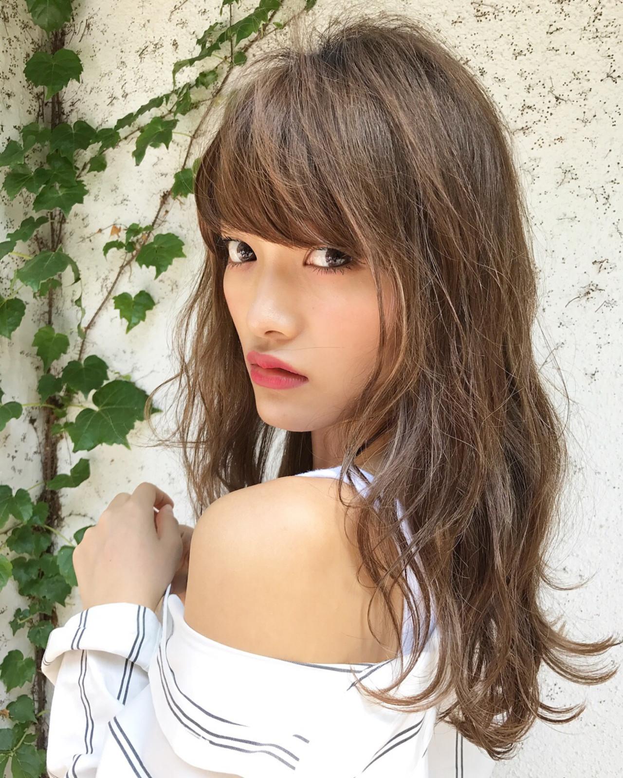 ウェーブ 外国人風カラー ハイライト デート ヘアスタイルや髪型の写真・画像