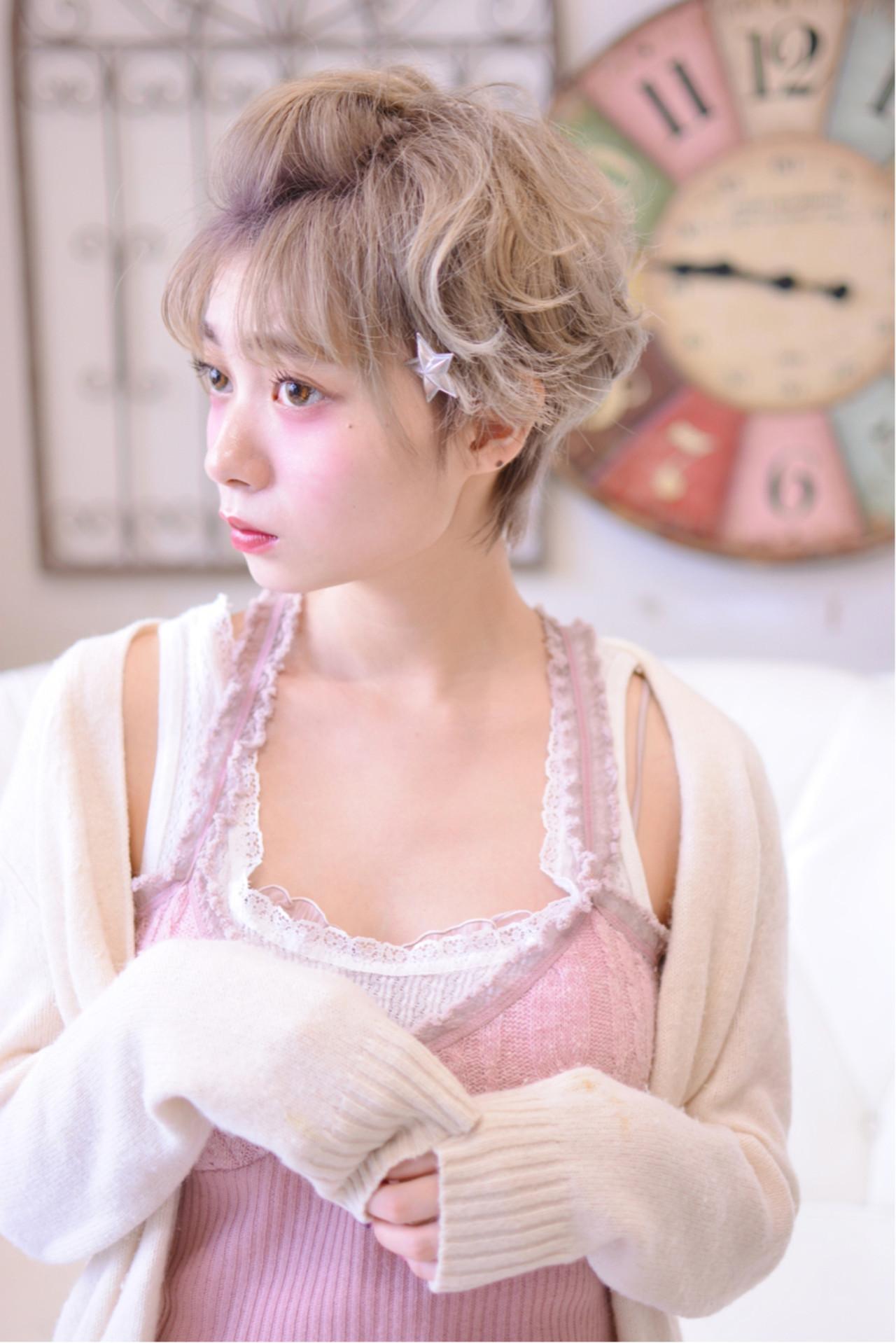 ふんわり可愛いポンパドール風アレンジ Shiko Kajihara  メイズ