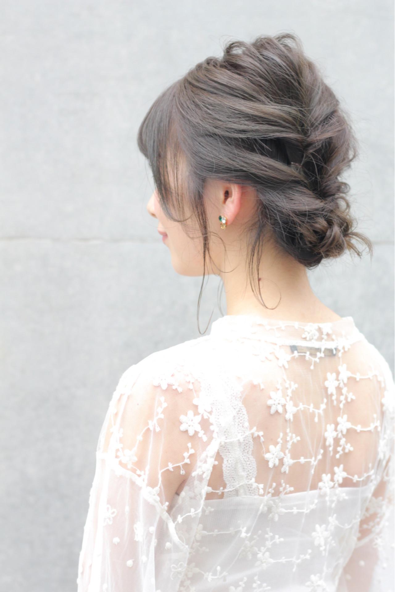 涼しげ くるりんぱ ミディアム 透明感 ヘアスタイルや髪型の写真・画像