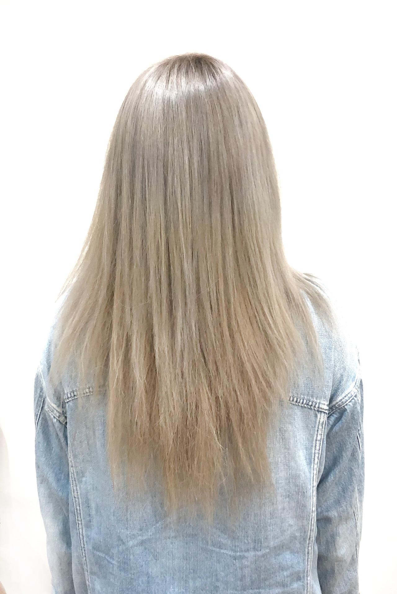 レイヤーカット ホワイト 外国人風 透明感 ヘアスタイルや髪型の写真・画像