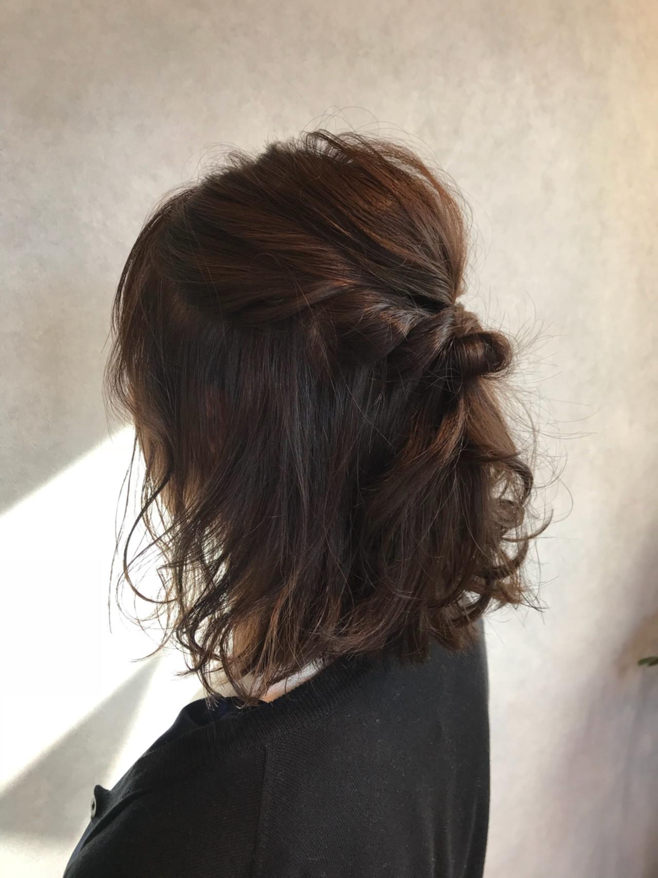 透明感 簡単ヘアアレンジ ハーフアップ ブラウンベージュ ヘアスタイルや髪型の写真・画像