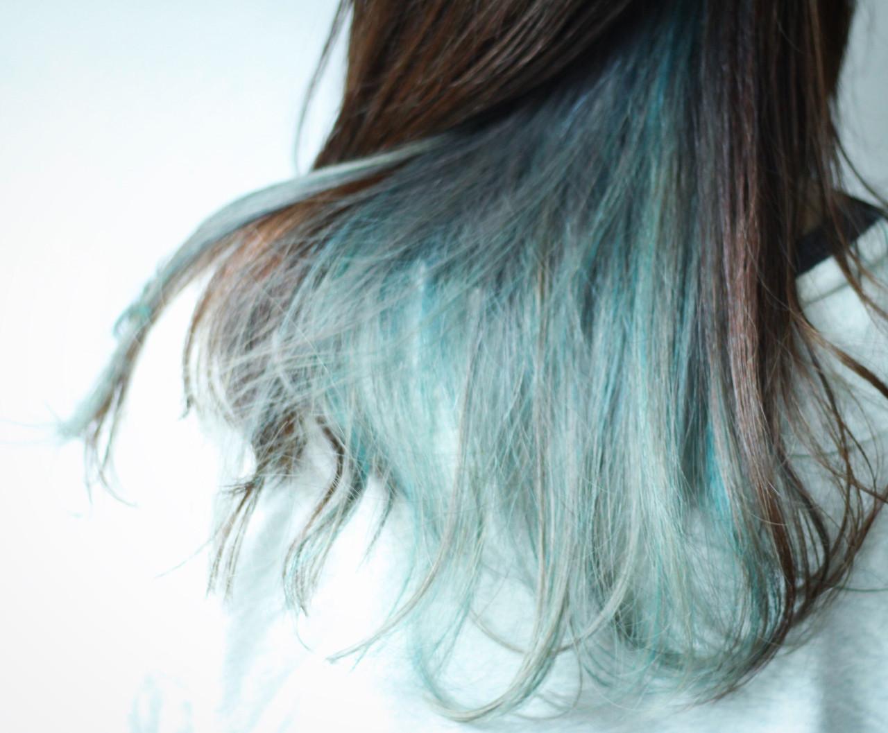 ミント グリーン アッシュ ナチュラル ヘアスタイルや髪型の写真・画像
