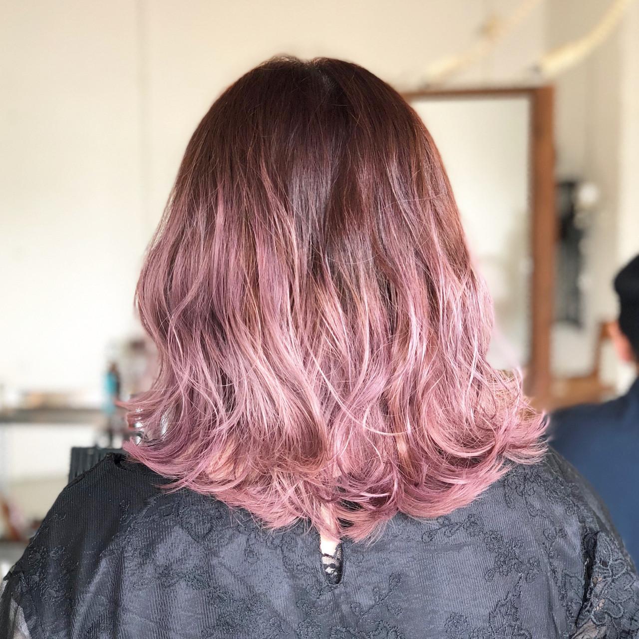 ミディアム ストリート ラベンダー ピンク ヘアスタイルや髪型の写真・画像