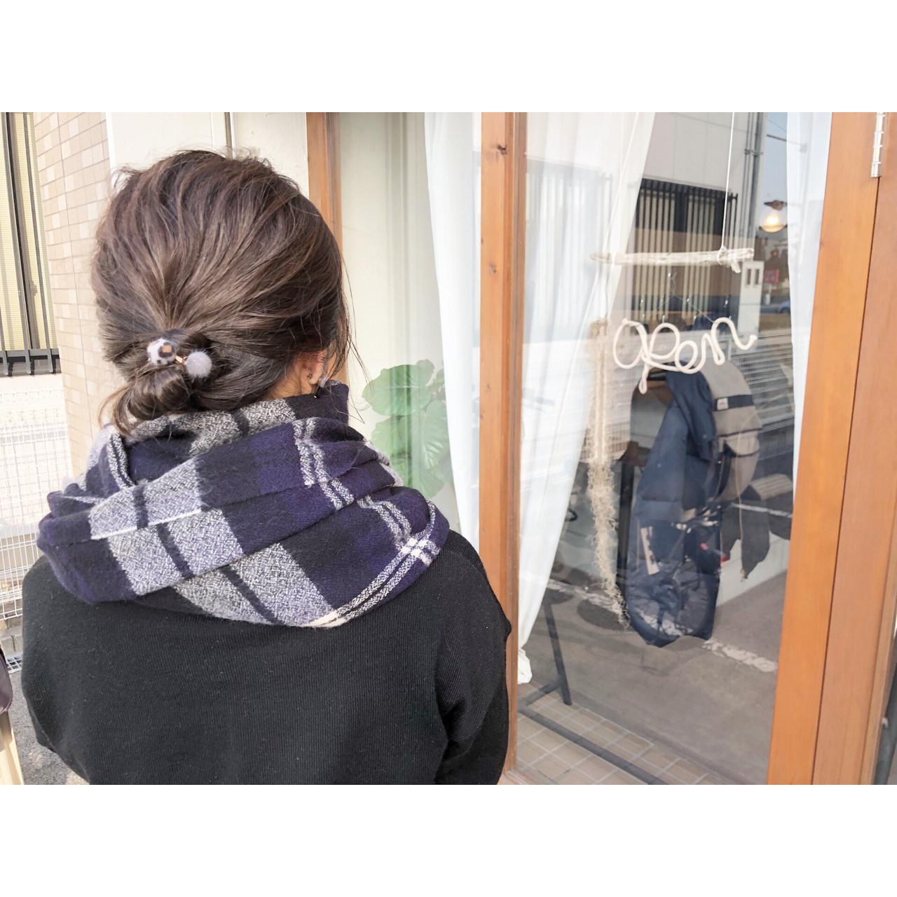 お団子 ナチュラル ハイライト 簡単ヘアアレンジ ヘアスタイルや髪型の写真・画像