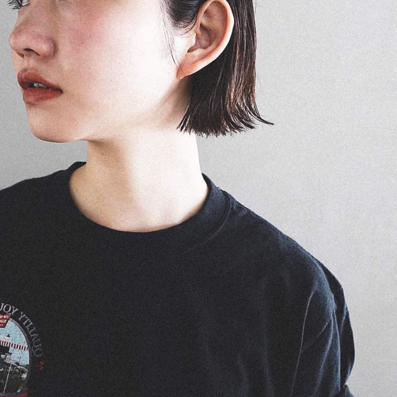 大人女子 ワンレングス ナチュラル 切りっぱなし ヘアスタイルや髪型の写真・画像