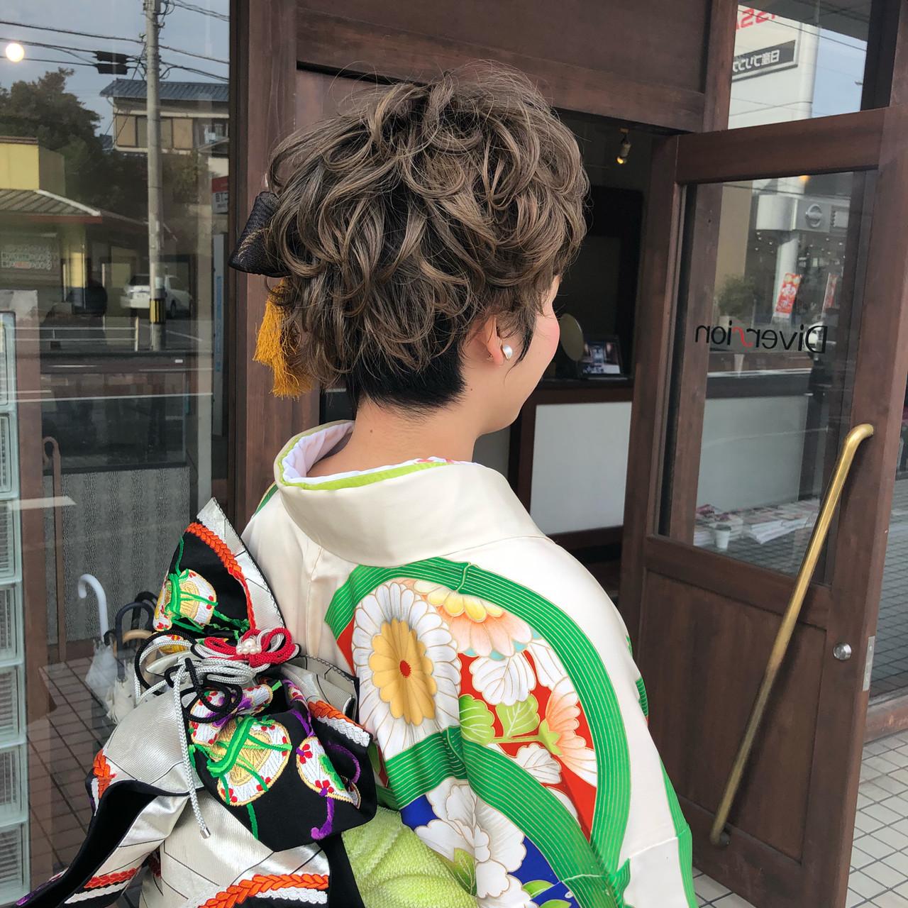 ショート モード ヘアアレンジ 成人式 ヘアスタイルや髪型の写真・画像
