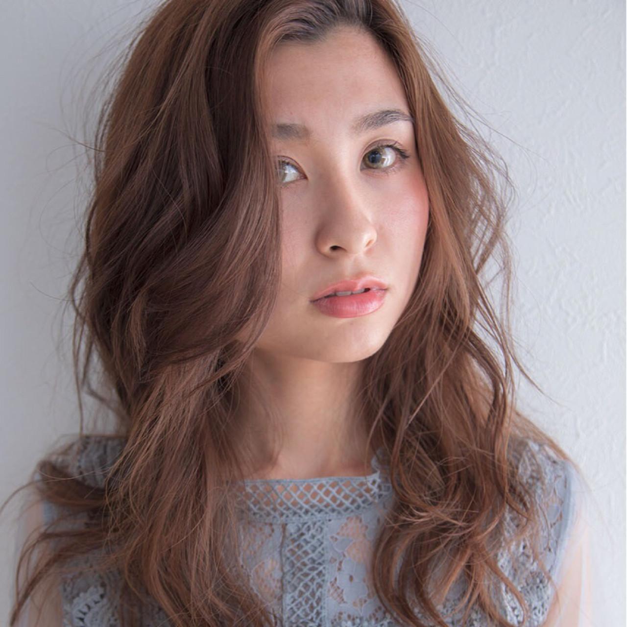 かきあげて流した前髪の毛先にアクセントプラス 宮田 裕一  igloo
