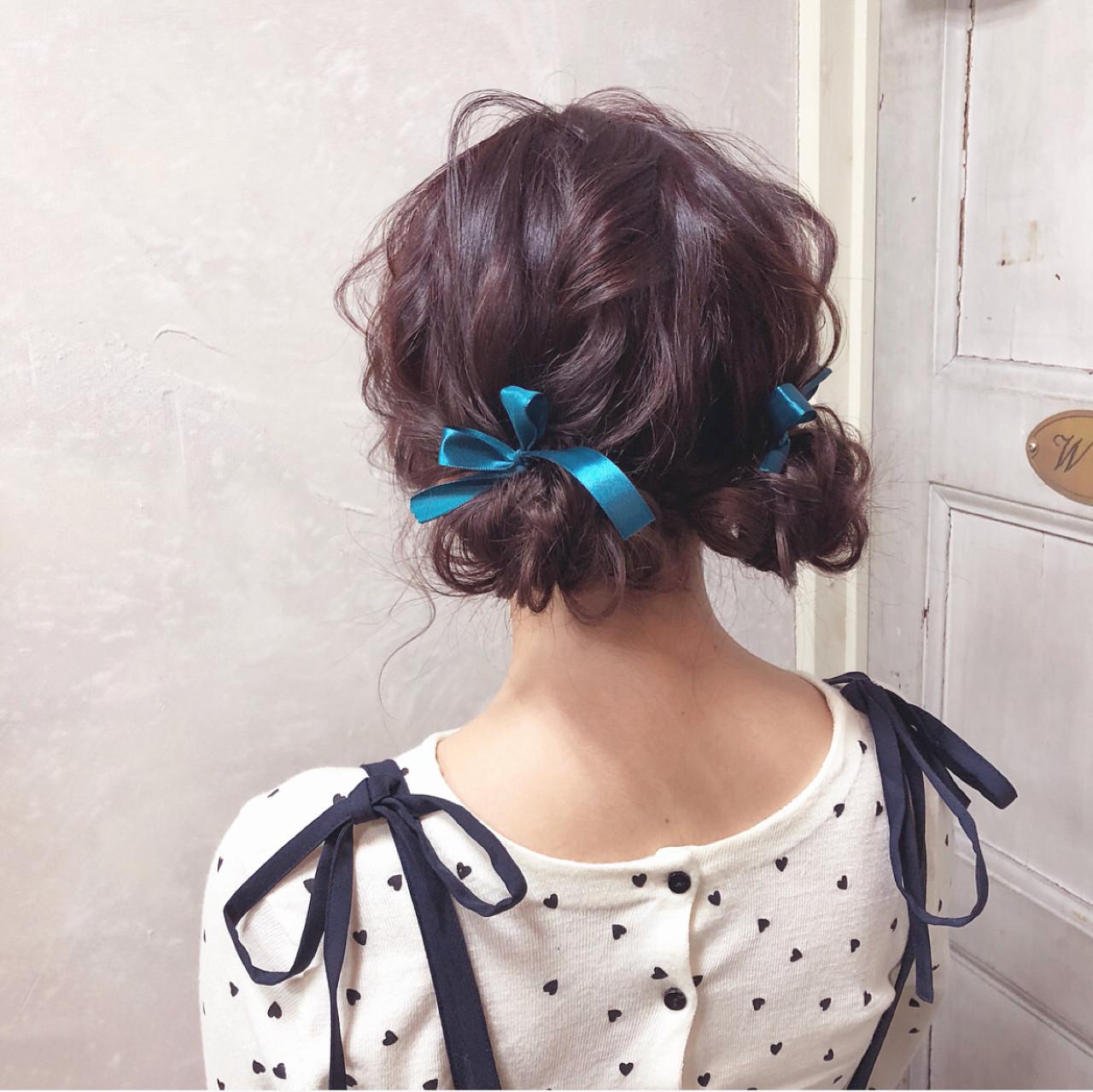 ガーリー お団子 簡単ヘアアレンジ ヘアアレンジ ヘアスタイルや髪型の写真・画像