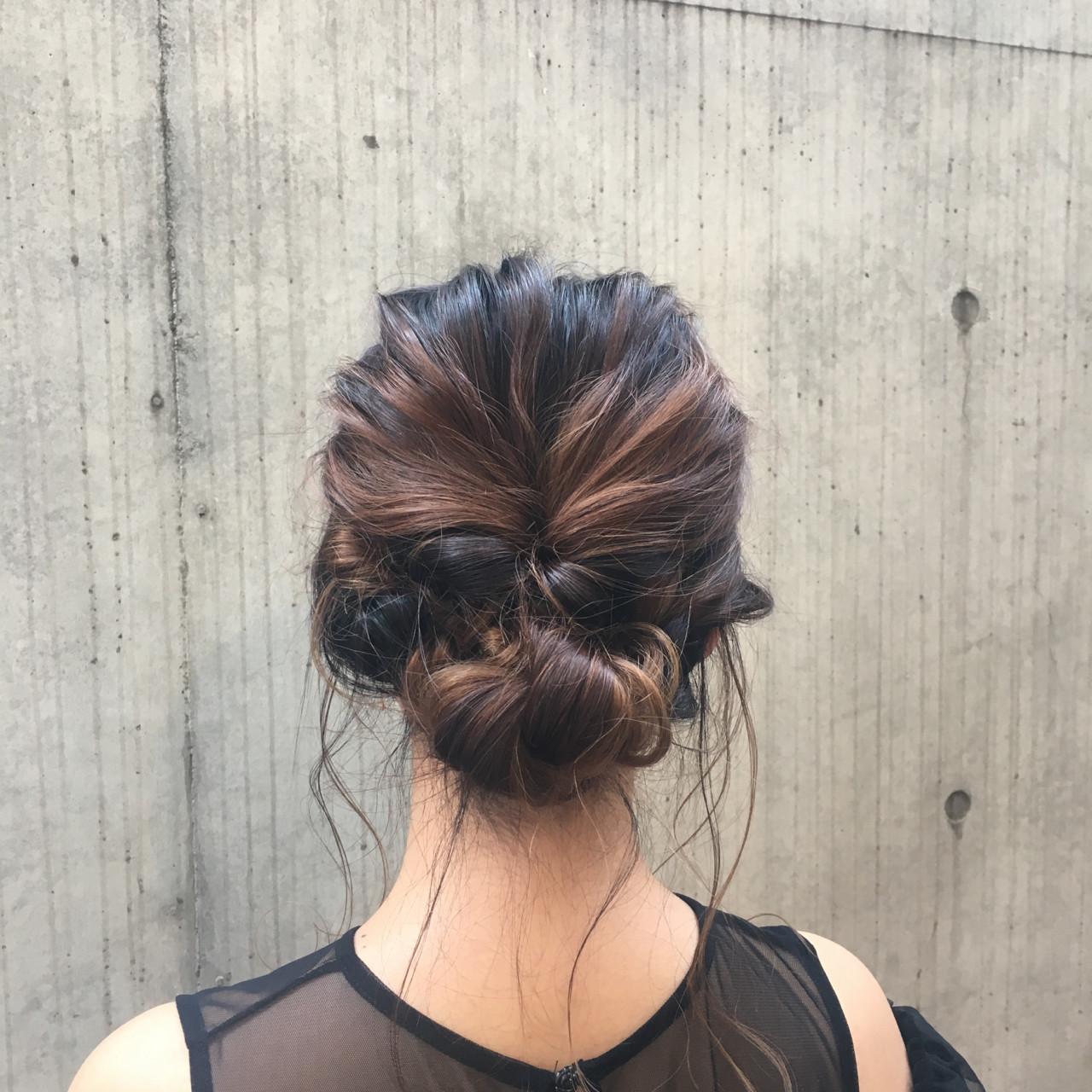 ミディアム パーティ ヘアアレンジ シニヨン ヘアスタイルや髪型の写真・画像