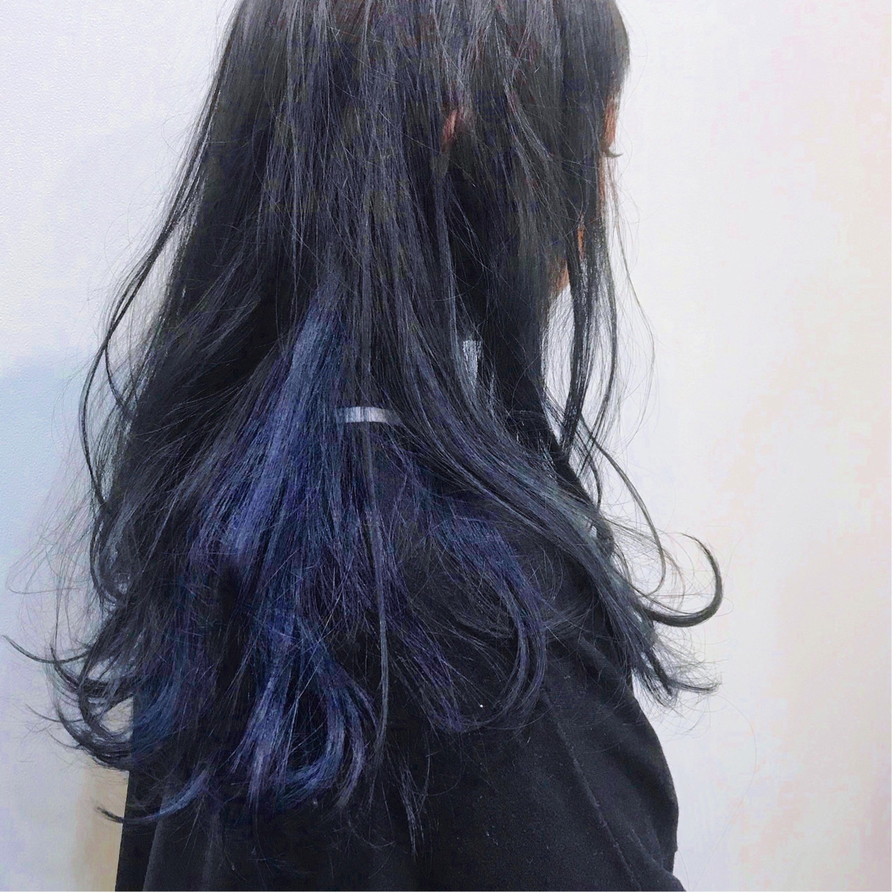 モード セミロング インナーカラー LuexeCreare ヘアスタイルや髪型の写真・画像