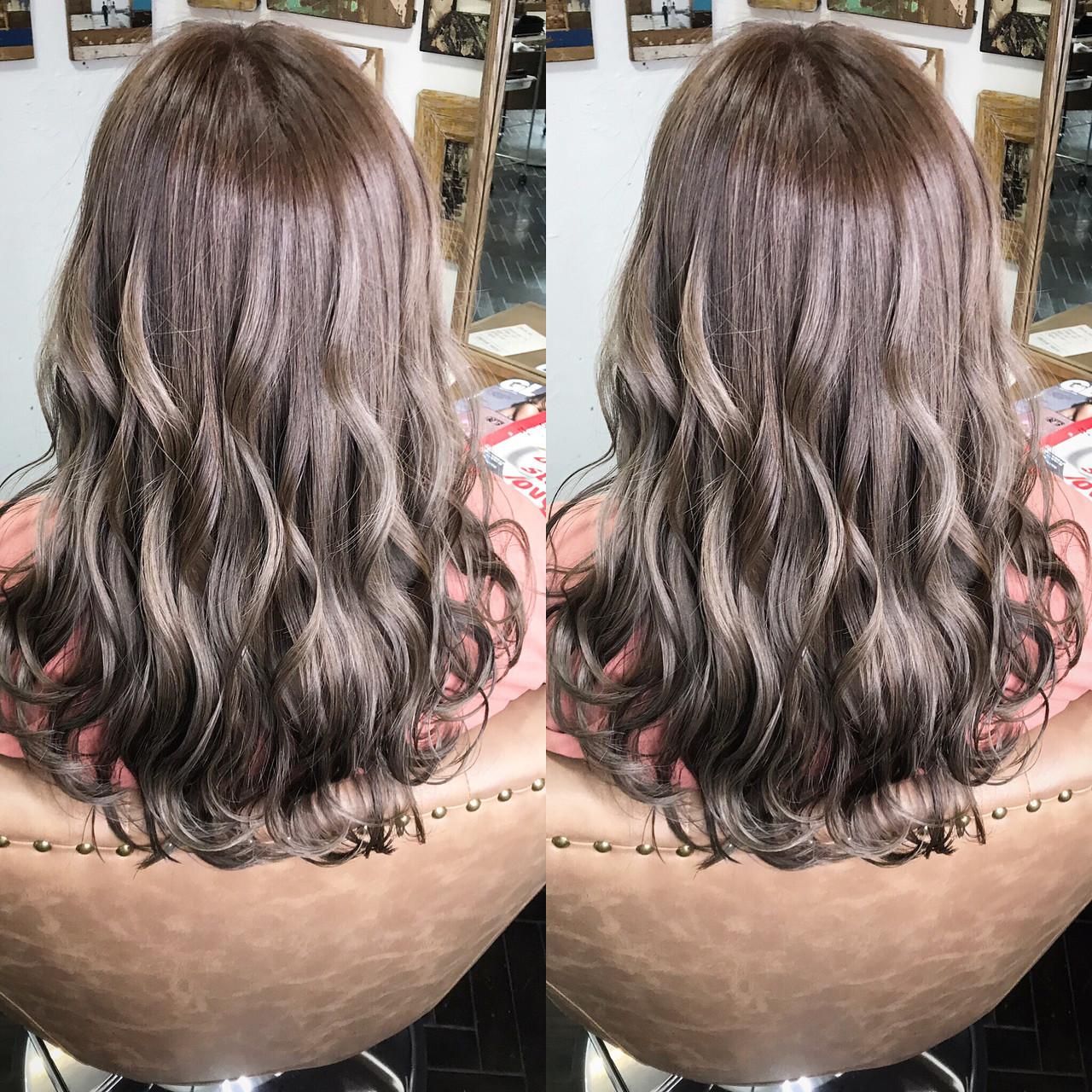 シアーベージュ ショコラブラウン ミディアム ヌーディベージュ ヘアスタイルや髪型の写真・画像