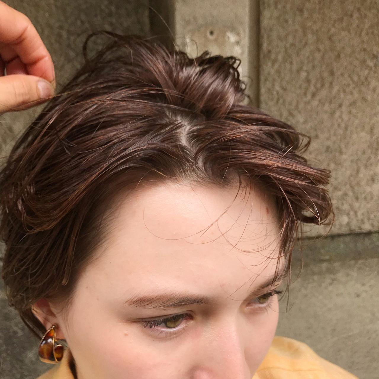 抜け感 パーマ ハンサムショート オレンジ ヘアスタイルや髪型の写真・画像