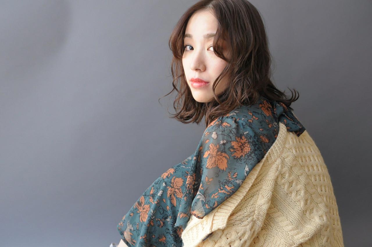 かわいいけど大人っぽいミディアムヘア(nari/tricca Daikanyama) nari