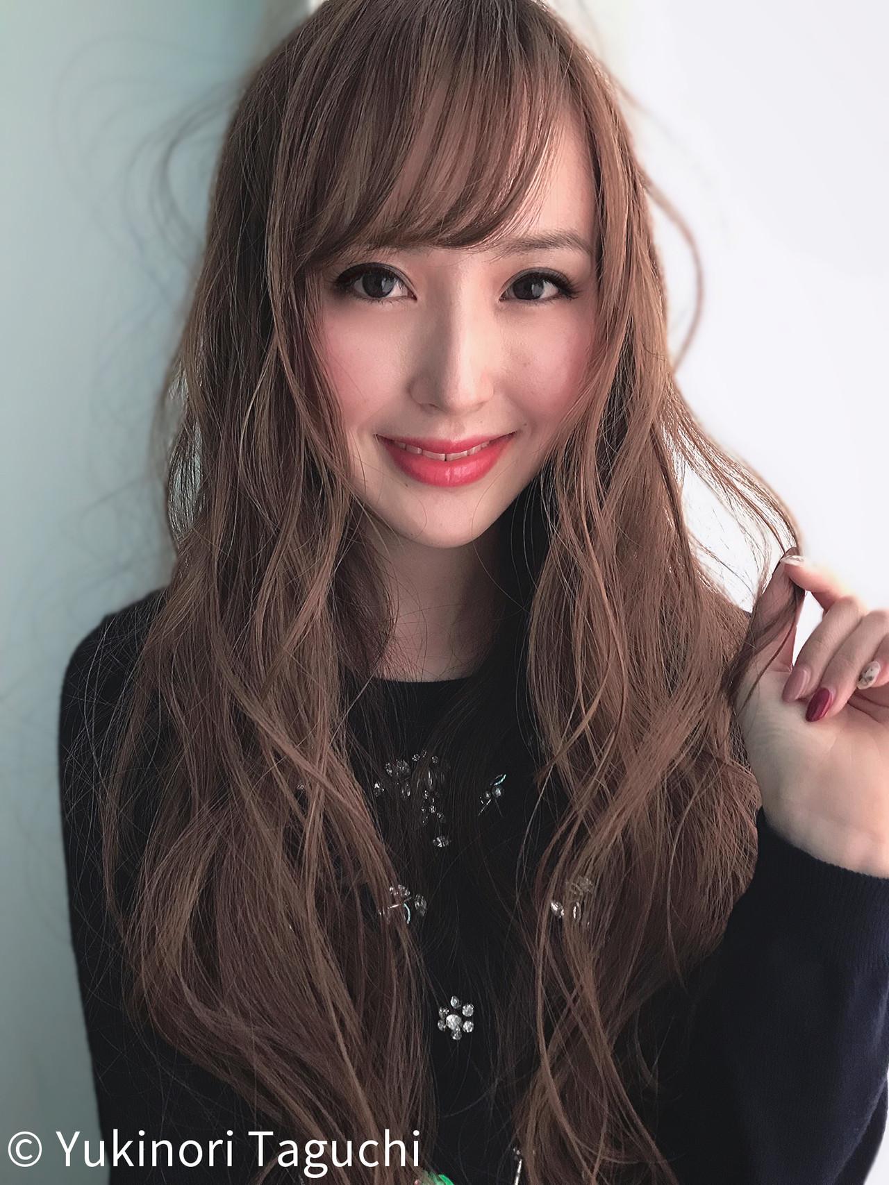 透明感カラー 波ウェーブ 毛束感 ロング ヘアスタイルや髪型の写真・画像