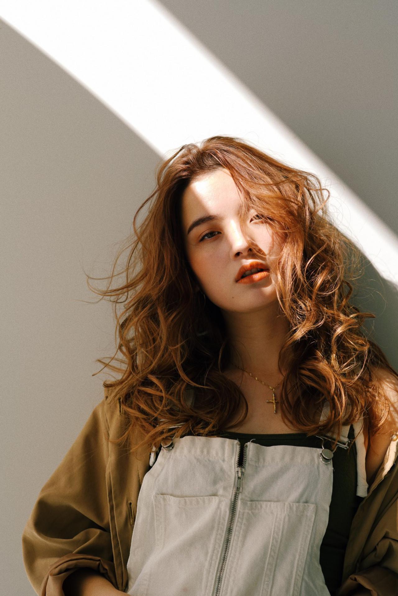 似合わせカット ロング 巻き髪 エレガント ヘアスタイルや髪型の写真・画像