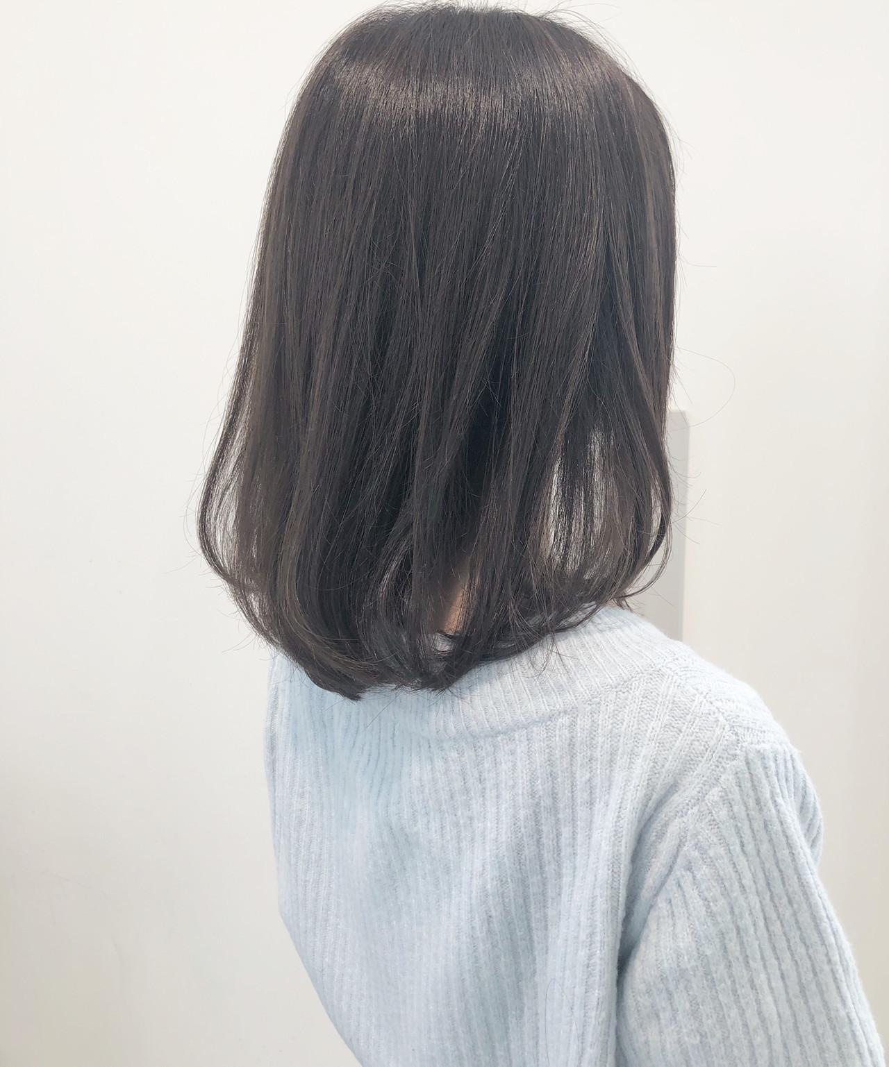 ヘアセット 大人ハイライト フェミニン ミルクティーグレージュ ヘアスタイルや髪型の写真・画像