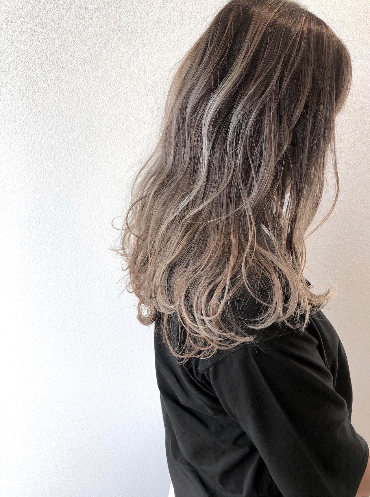 ロング ハイライト コントラストハイライト 秋冬スタイル ヘアスタイルや髪型の写真・画像