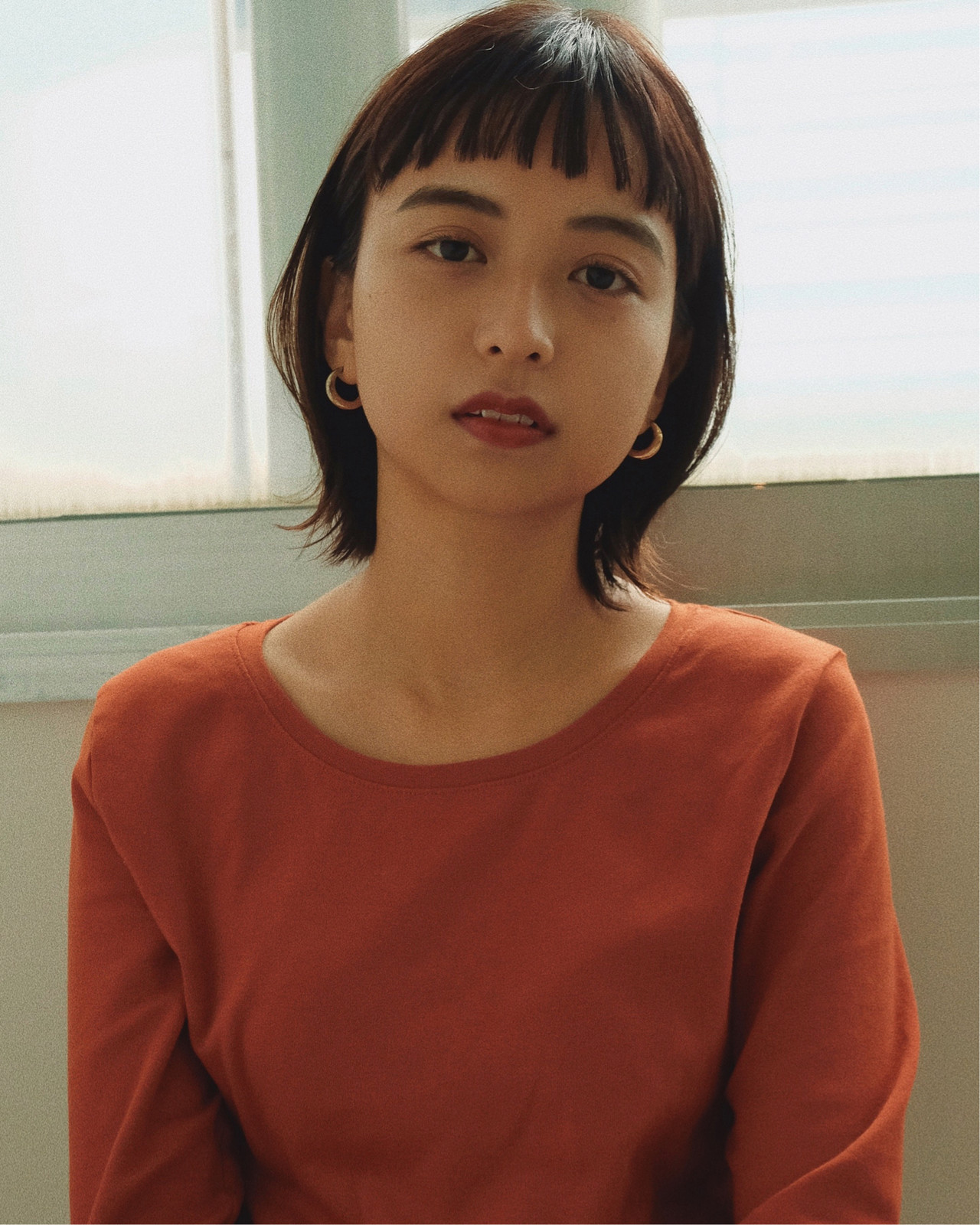 オフィスOKの大人っぽ前髪ショート YUJI / LIICHI