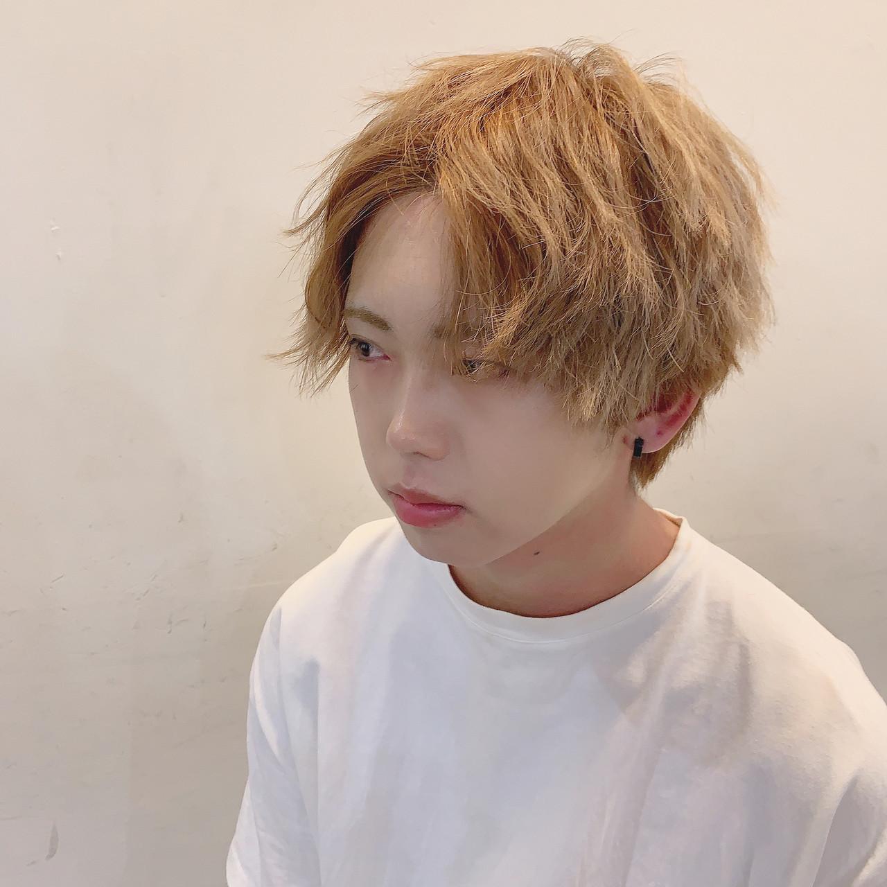 スパイラルパーマ メンズマッシュ メンズカット メンズパーマ ヘアスタイルや髪型の写真・画像