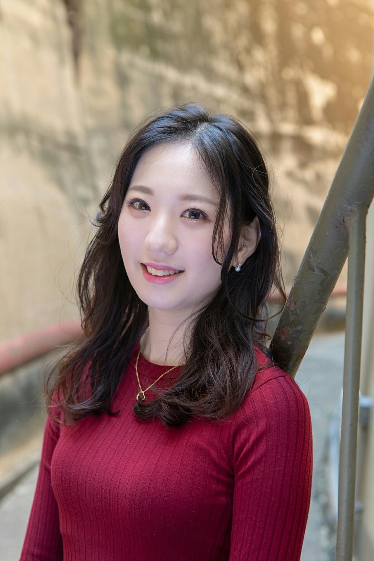 ロング パーマ 韓国ヘア エレガント ヘアスタイルや髪型の写真・画像