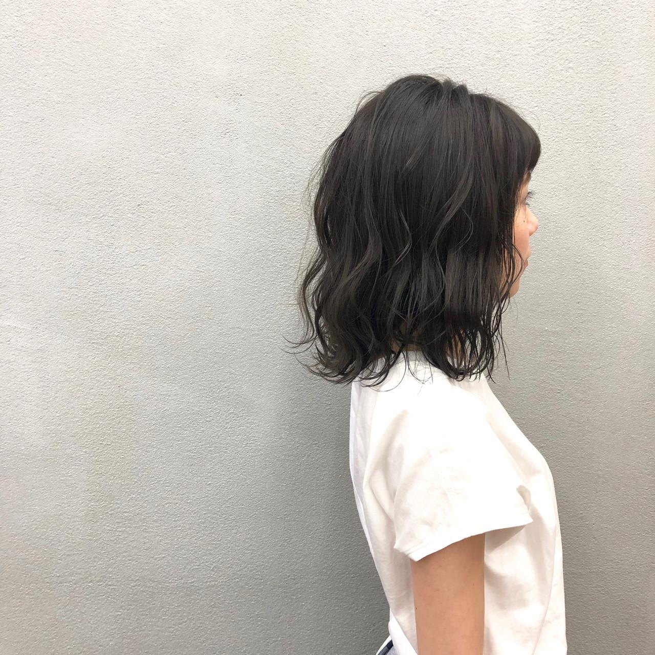 イルミナカラー ブルー 簡単スタイリング ヘアカラー ヘアスタイルや髪型の写真・画像